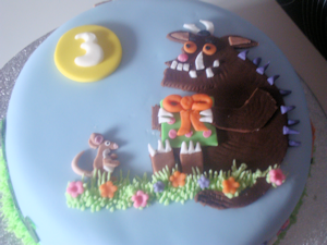 Gluten Free Cakes for Kids and Adults Delivered